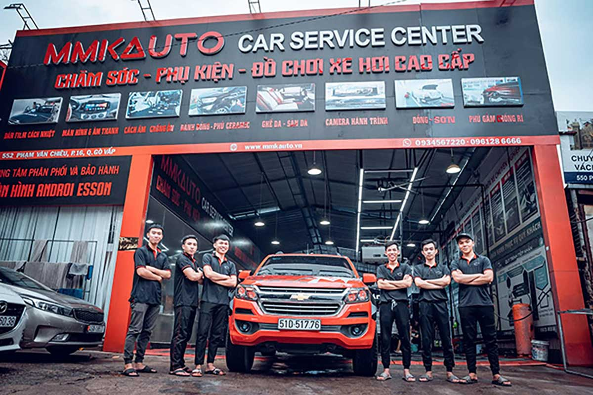 Mmk Auto chuyên độ lặp màn hình dvd và các dịch vụ liên quan đến xe hơi