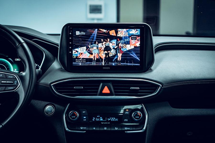 man hinh android cho xe sentafe