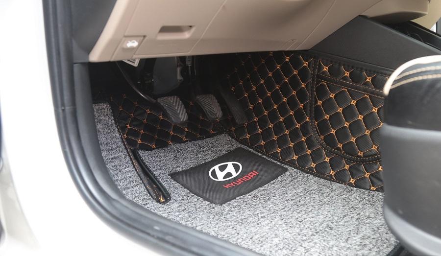 Thảm lót sàn ô tô có nhiều công dụng tốt